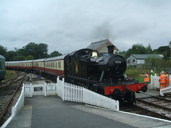 5526 at Totnes with 2.15 ex Bfl