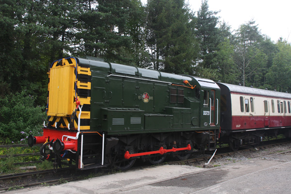D3721 with its 1st passenger train 2011 Aug 15