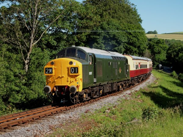 D6737 passing Caddaford